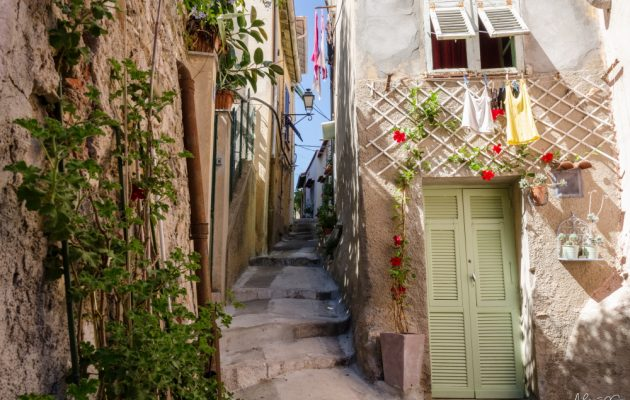 Things to consider when looking at property in the South of France
